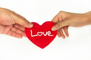 Descargar frases bonitas para enviarle a tu primer amor, descargar las mejores frases de amor para tu enamorada