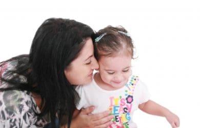 Dedicatorias para una madre soltera, palabras positivas para una madre soltera